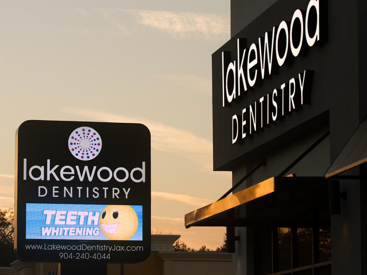 "Lakewood Dentistry; 10mm, 3'5"" x 10'3"""