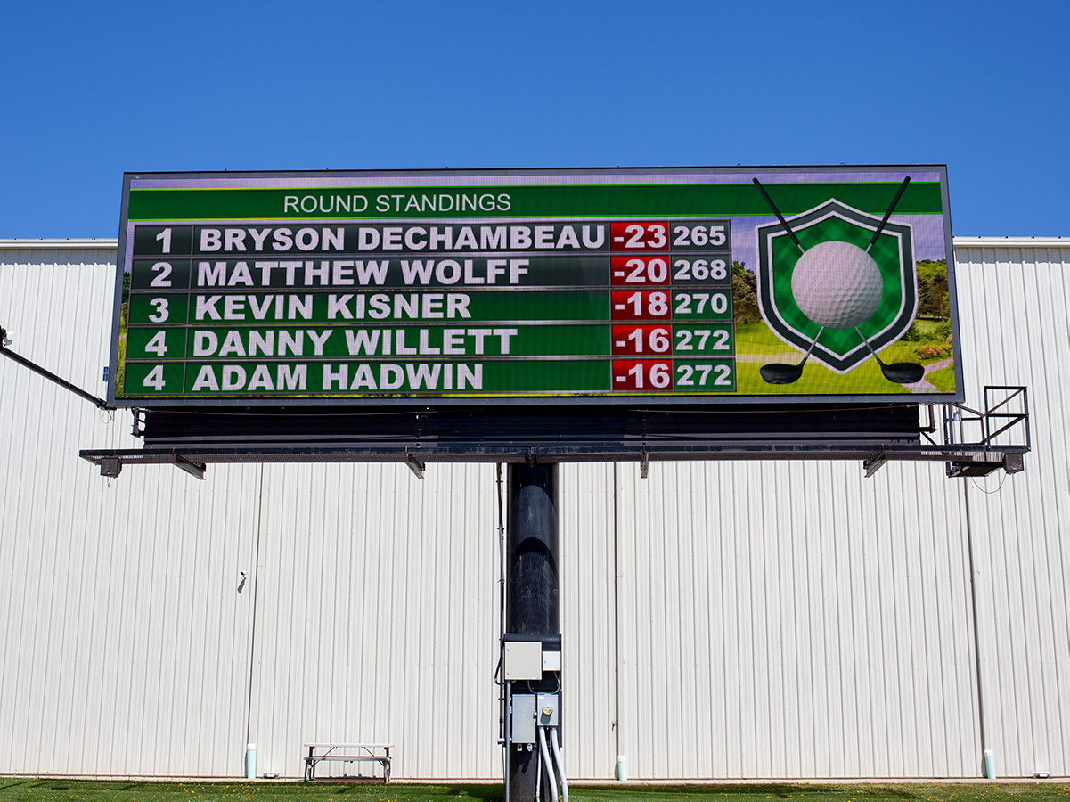 Digital billboard running the Watchfire golf widget.
