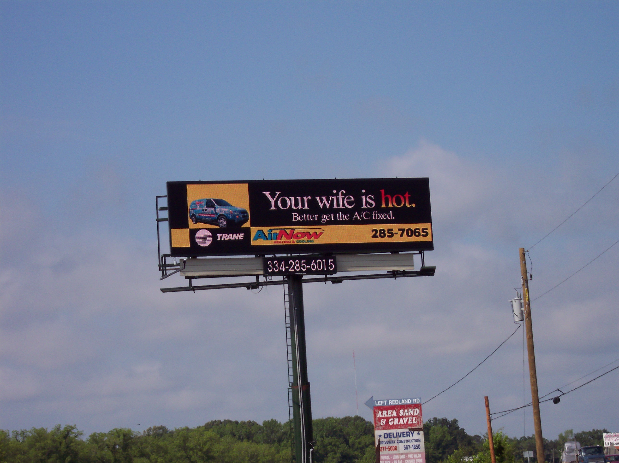 Vintage Media - digital billboard