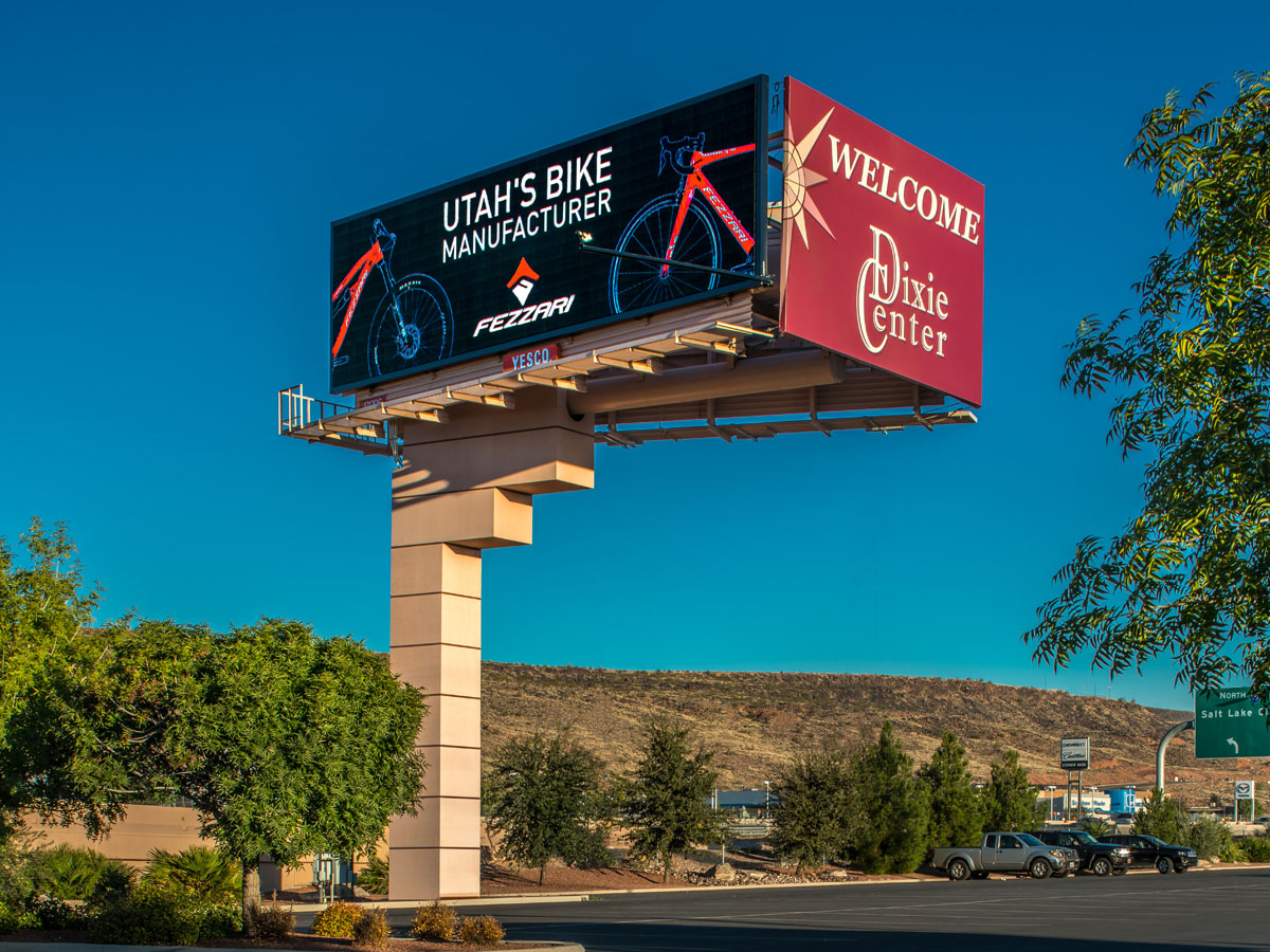 A 16mm 14' x 48' YESCO digital billboard by Watchfire.