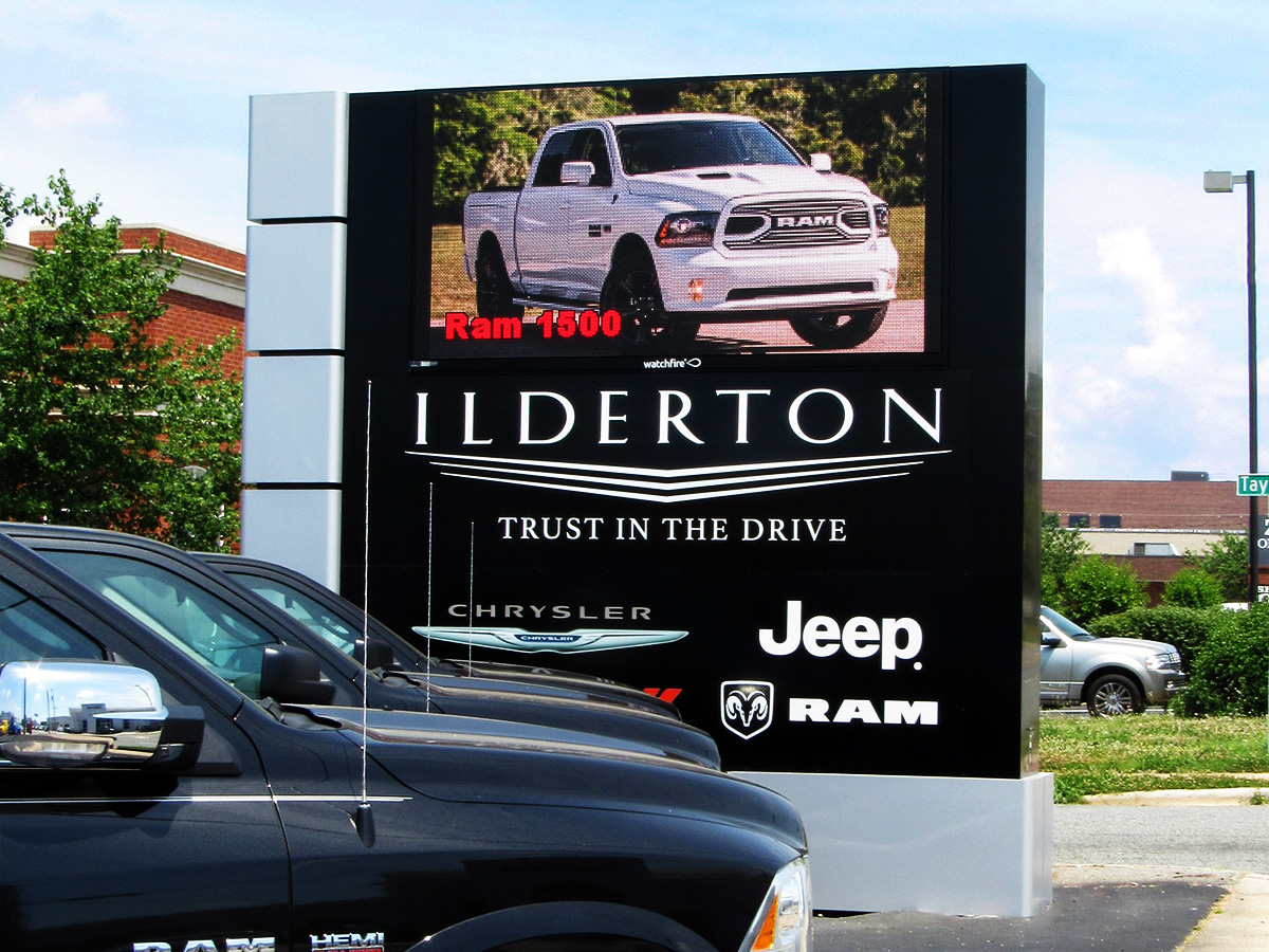 high resolution 8mm 10mm led signs watchfire signs digital billboards led signs. Black Bedroom Furniture Sets. Home Design Ideas